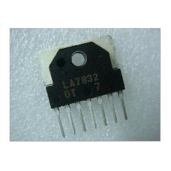 IC LA7832