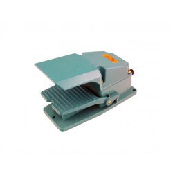 FOOT SWITCH 250V 15A 1NO+1NC TFS-302